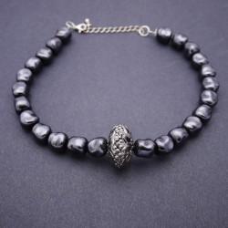 Ras-de-cou grosses perles gothique