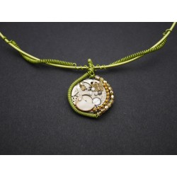 "Collier ""Figer le temps"""
